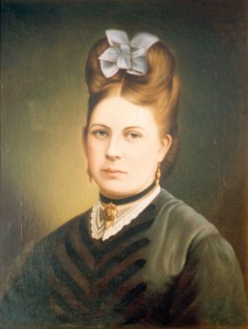 Catherine Simpson Squires was born in Scotland. In 1872 she married William Squires, a Doctor in Nelson.